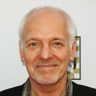 Peter Frampton involved in car accident with 'texting woman'