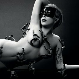 Lady Gaga goes naked in advert for new perfume