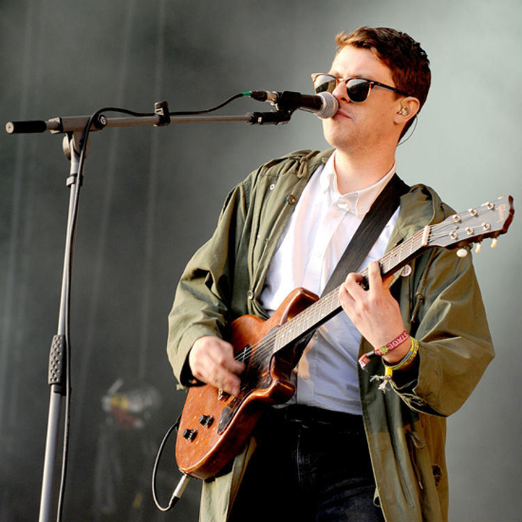 Jamie T Glastonbury Festival 2015 set in photos