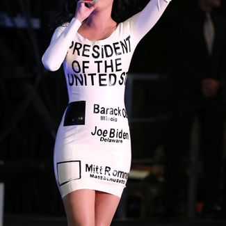 Katy Perry Obama Dress on Katy Perry Shows Support For Obama With Rubber Voting Dress