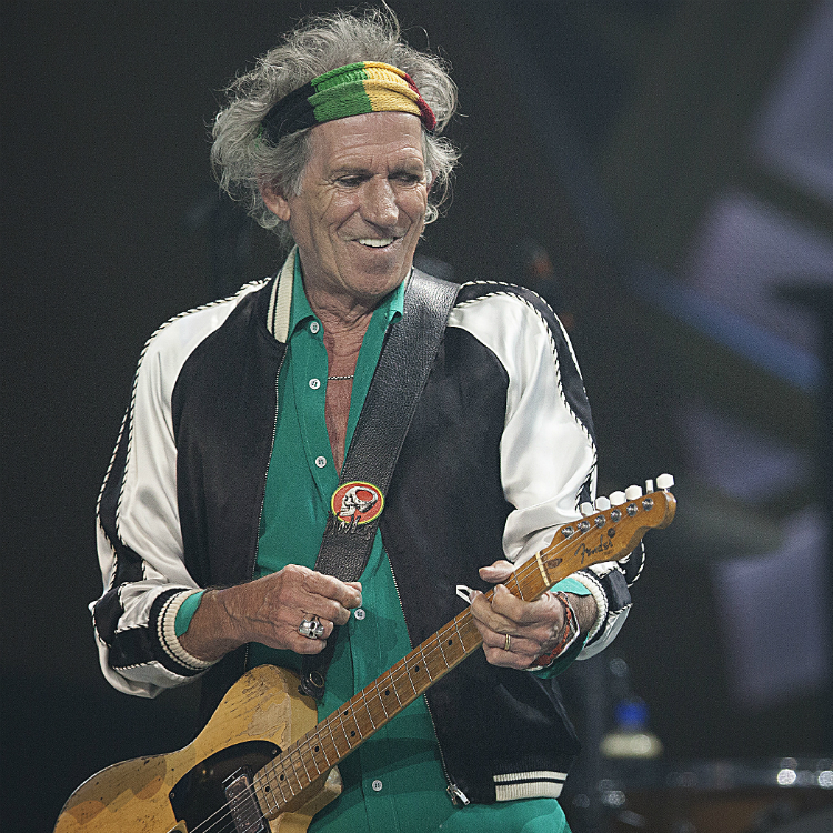 keith richards releases vide for single trouble via apple music