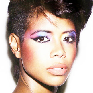 Kelis reveals new track, Skream collaboration 'Distance' - listen