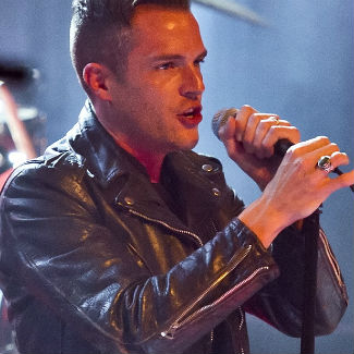 Brandon Flowers quits The Killers' Manchester gig with sore throat