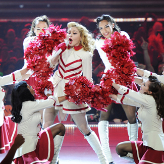 Madonna orders tour dressing rooms be scrubbed of DNA traces