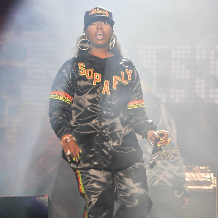 Missy Elliot's new cut  'Pep Rally' out 7 February for Super Bowl