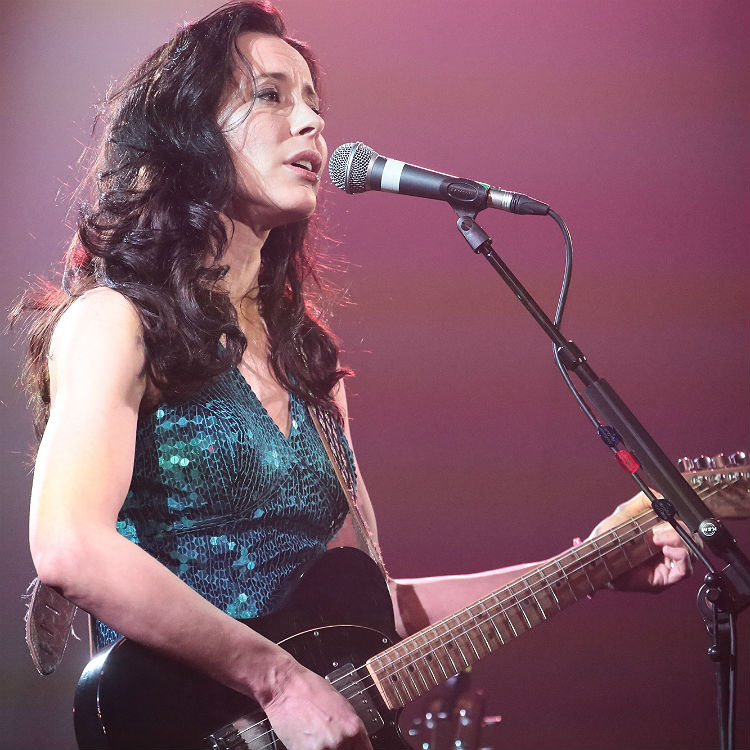 Nerina Pallot live gig review, London Union Chapel