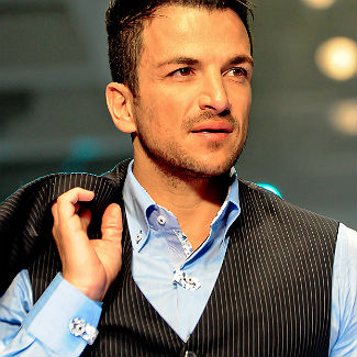 Peter Andre 'devastated' after brother dies from cancer