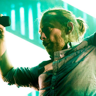 Thom Yorke taught to surf by Red Hot Chili Peppers' star Flea
