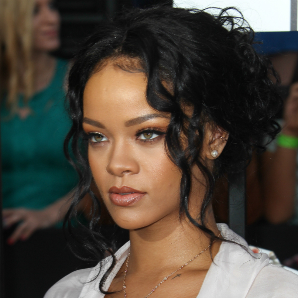 Rihanna, Dev Hynes, Lorde react on Twitter to Baltimore protests