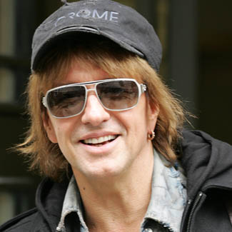 Bon Jovi star Richie Sambora blames 'personal issues' as he quits tour