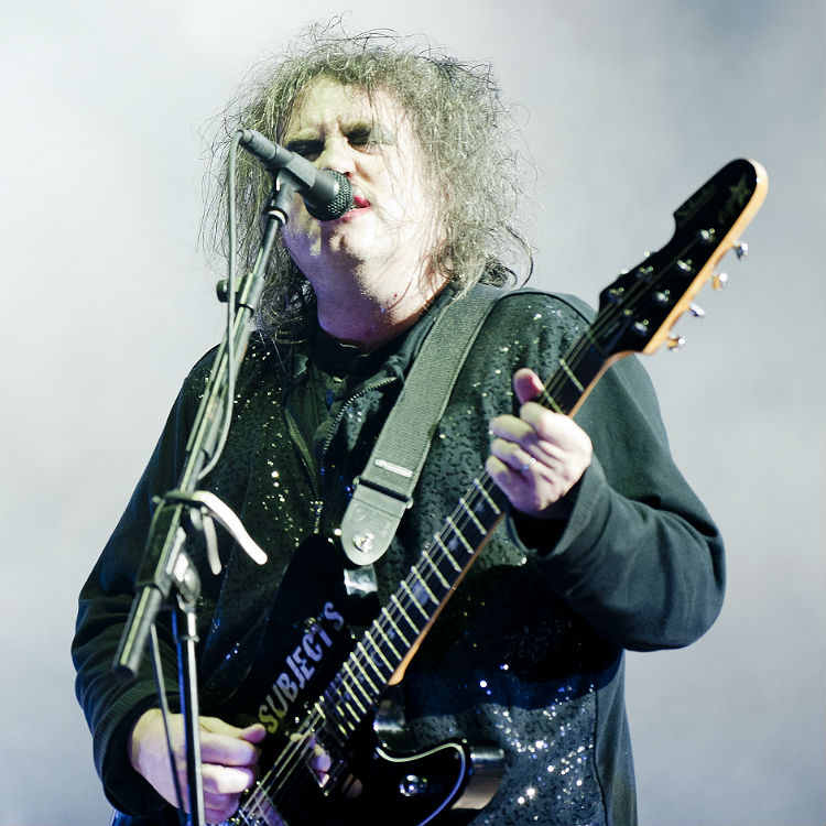 The Cure Robert Smith covers Twilight Sad