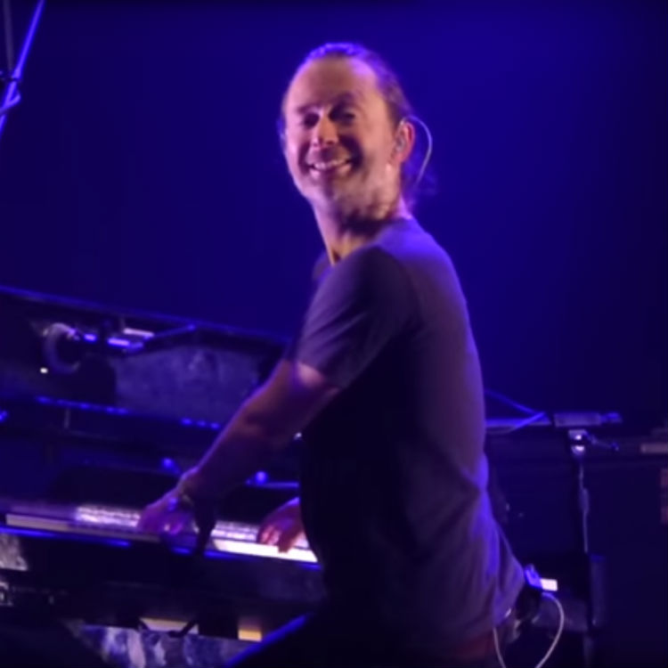 Radiohead Thom Yorke smile is terrifying, tour dates, setlist 2016