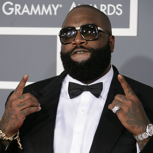 The 41-year old son of father (?) and mother Tommie Roberts, 183 cm tall Rick Ross in 2017 photo