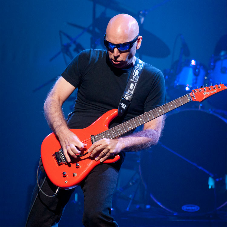 legendary guitarist joe satriani announces uk tour dates gigwise. Black Bedroom Furniture Sets. Home Design Ideas