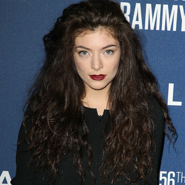 Lorde pays tribute to Katy Perry, Bruno Mars in Grammys speech