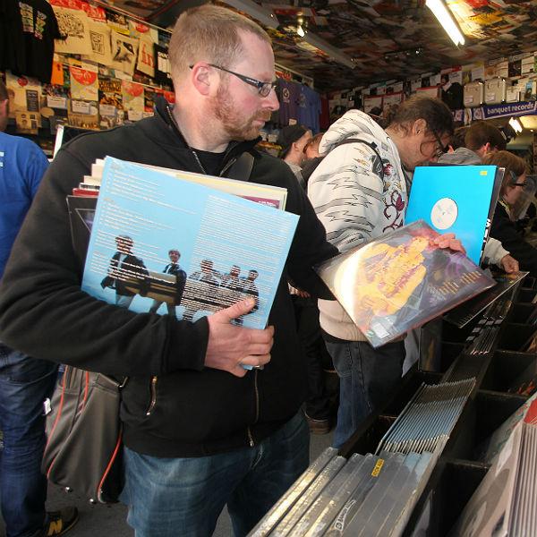 Vinyl Specialists Slam Record