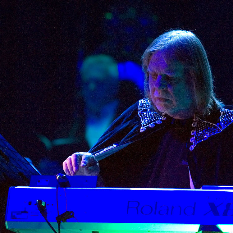 Rick Wakeman: 'It's so desparately important to have your ...