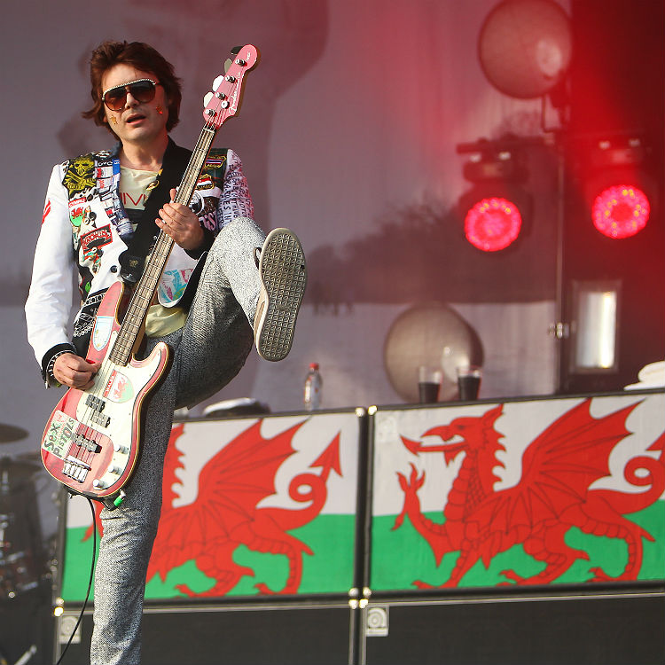 Manic Street Preachers Everything Must Go 20th anniversary tour plans