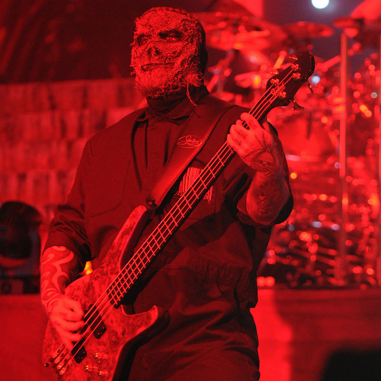 Slipknot bassist Alex Venturella emergency hospital exit explained