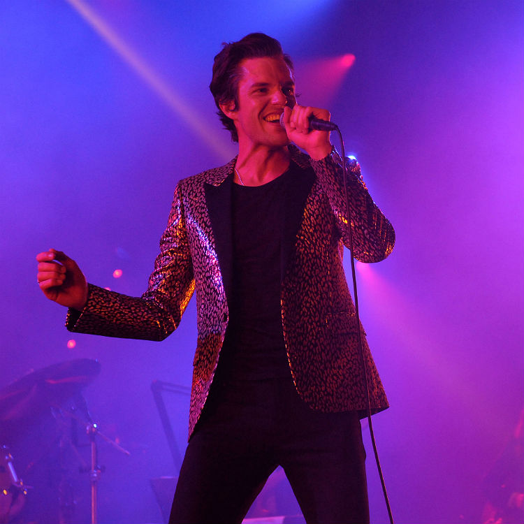 Brandon Flowers Chrissie Hynde duet at Brixton Academy - video photos