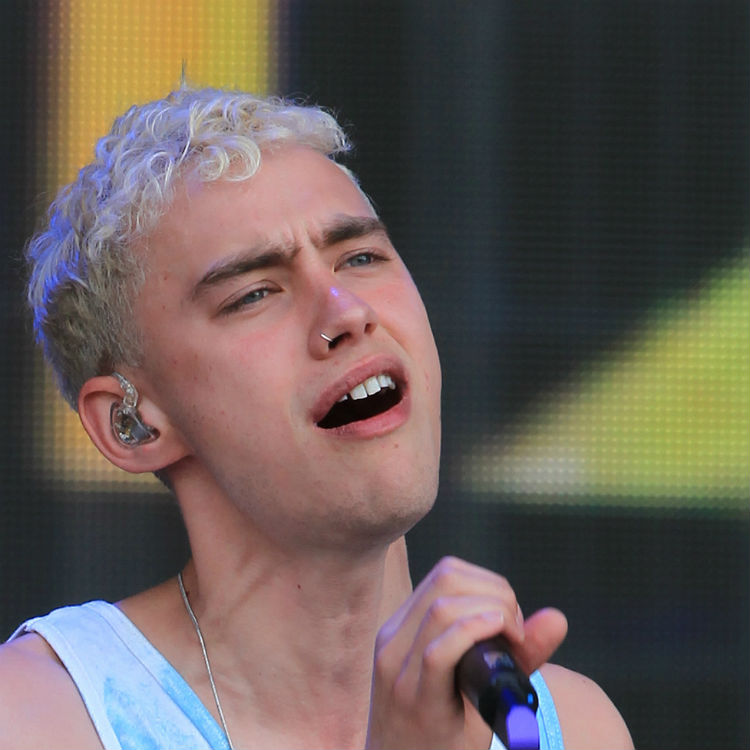 Years & Years Glastonbury set sees Olly Alexander gay rights tribute