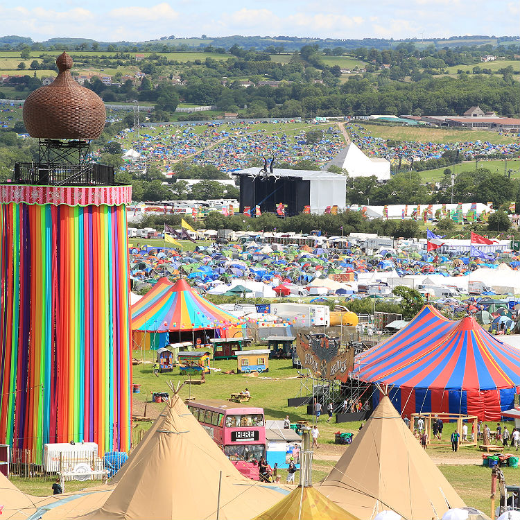 Glastonbury line up confirmed in full for 2016 with set stage times