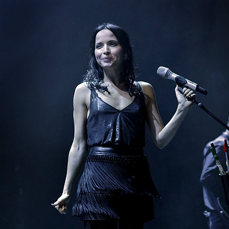 The Corrs live tour gig review, The O2 arena London dates