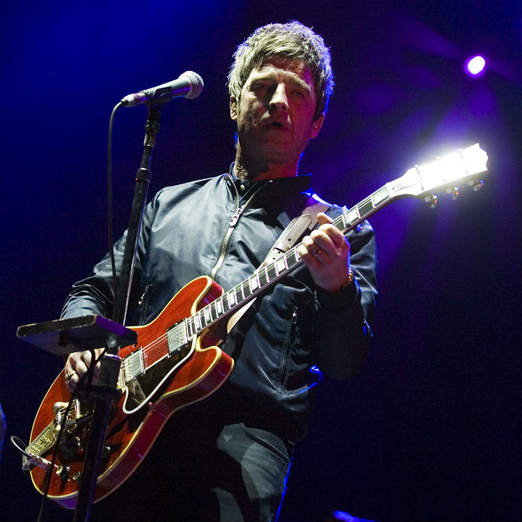 Kendal Calling 2016 Noel Gallagher, Lightning Seeds review, setlist