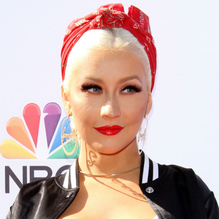 Christina Aguilera impersonates Beyonce, Rihanna, Katy Perry on Ellen
