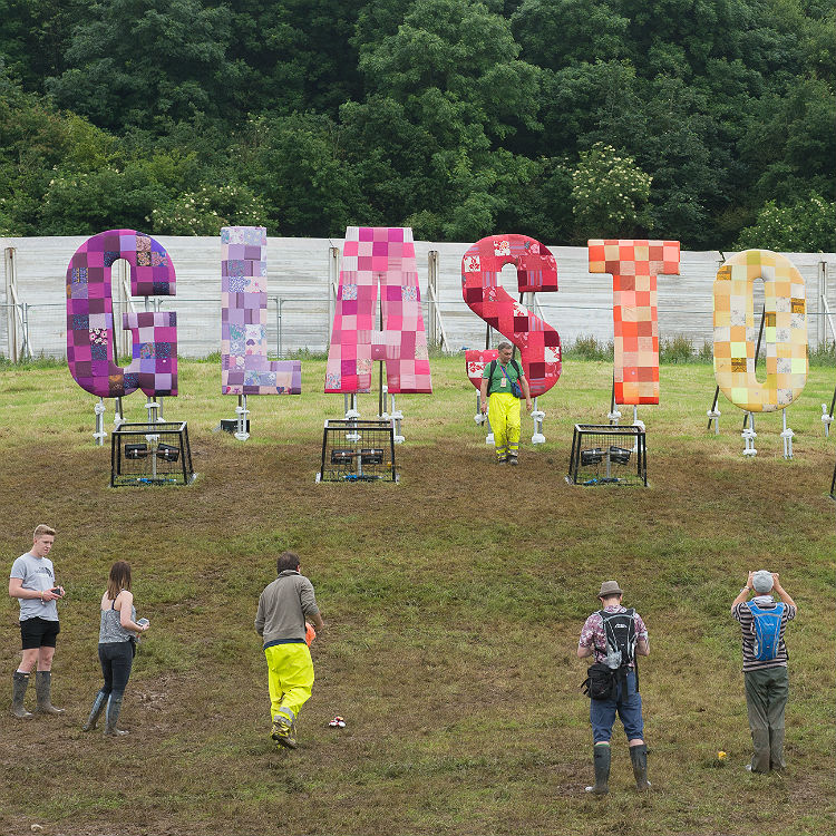 Glastonbury 2016 Thursday day one traffic and weather forecast