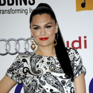Jessie J reveals 'awkward' toilet fan encounters