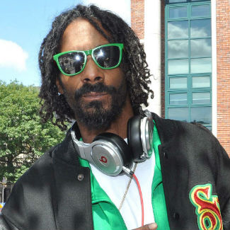 Snoop needs 'a lot of weed' in order to write a rap song