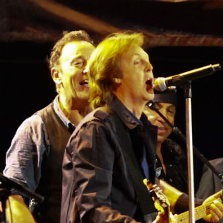 Police pull plug on Bruce Springsteen, Paul McCartney in London