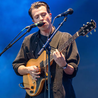 The Maccabees to make 3D video using Xbox technology