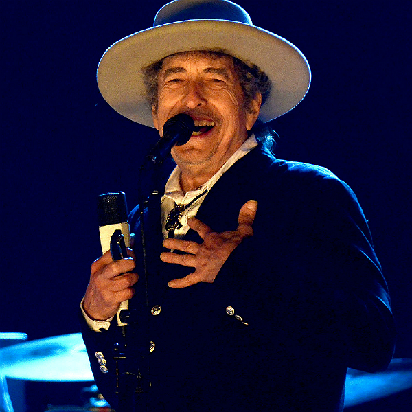 Watch: Bob Dylan appears in Super Bowl Chrysler commercial