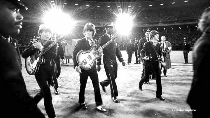 Lennon�s Beatle break-up letter auctioned