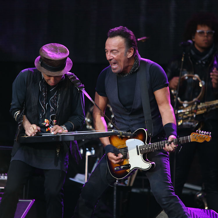 Bruce Springsteen played a secret White House show to thank Barack Obama