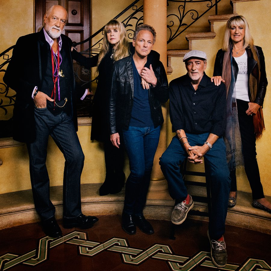 Listen to an early version of Fleetwood Mac's 'Seven Wonders'