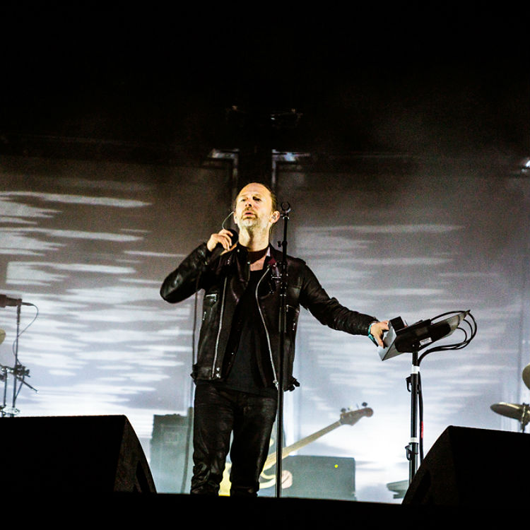 Watch Radiohead recording A Moon Shaped Pool
