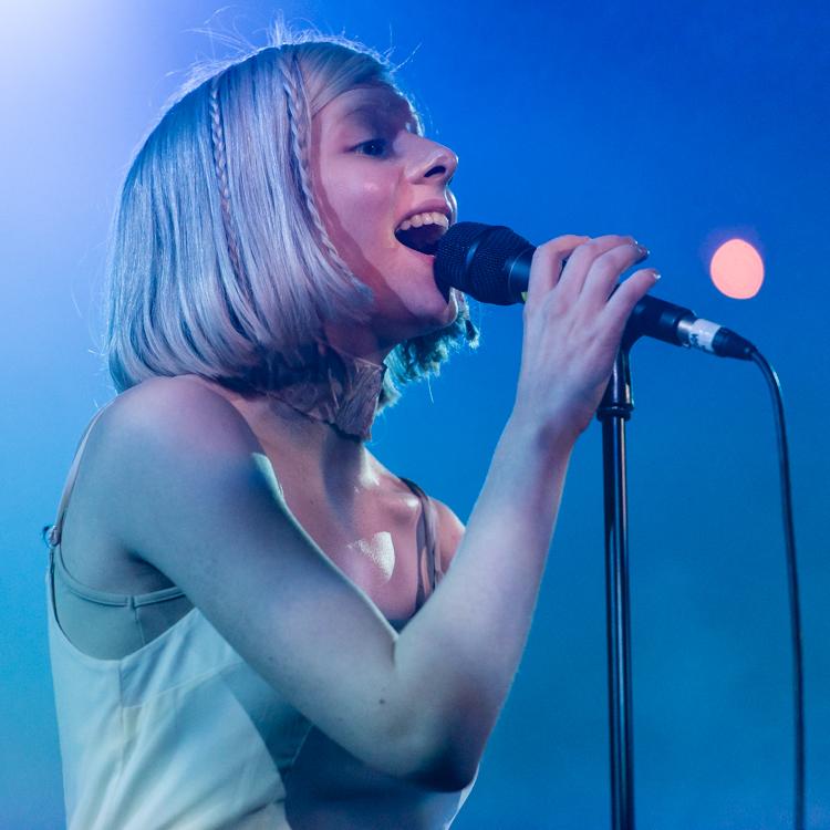 Aurora live gig photos, London Union Chapel review, setlist