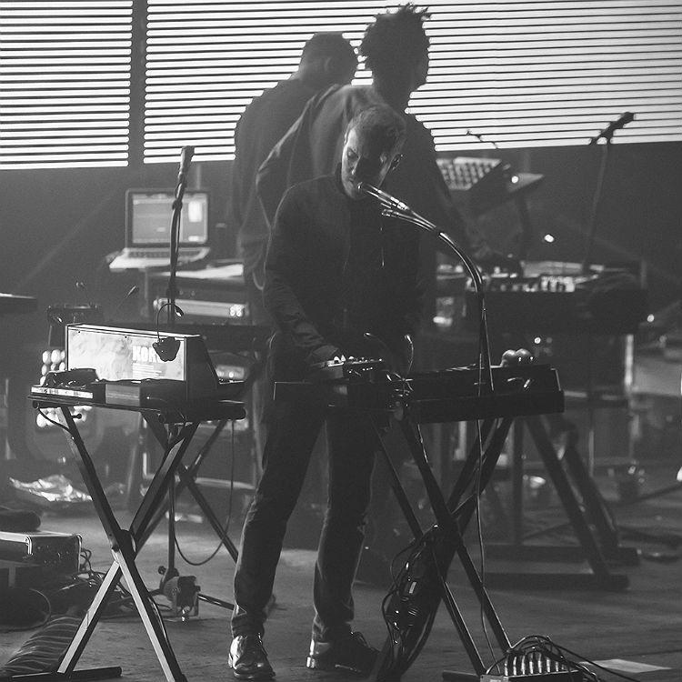 Massive Attack Brixton Academy photos, setlist, review