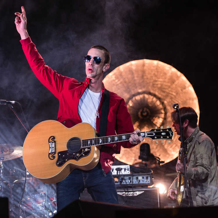 Richard Ashcroft The o2 Arena London The Verve The Drugs Dont Work