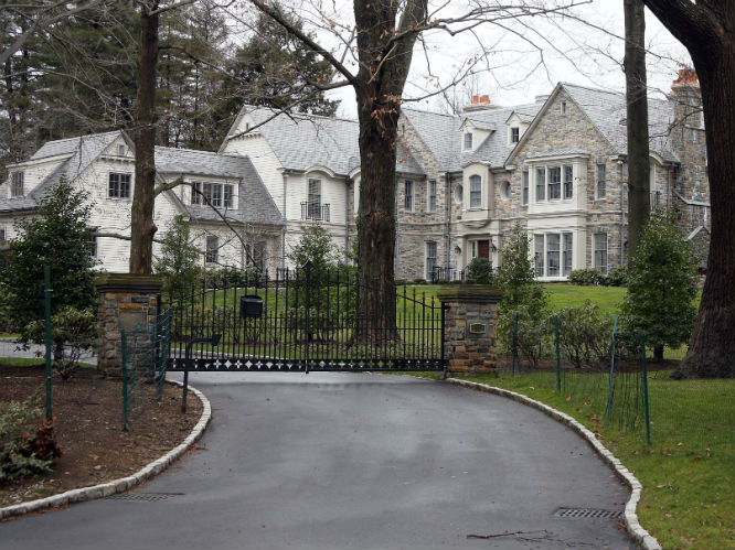 Beyonce & Jay-Z: Despite renting a home in the Hamptons for $400k for one month, Beyonce and Jay-Z are thought to be based in this house in Scardale, New York.