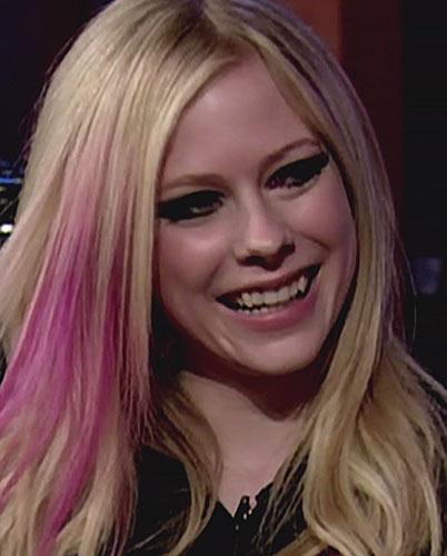 Avril Lavigne Eyebrows. Avril Lavigne fangs fans for