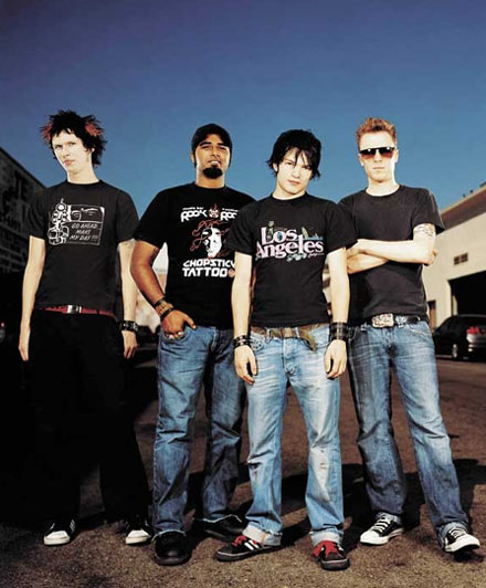 sum 41 wallpaper. wallpaper sum41 in too deep.