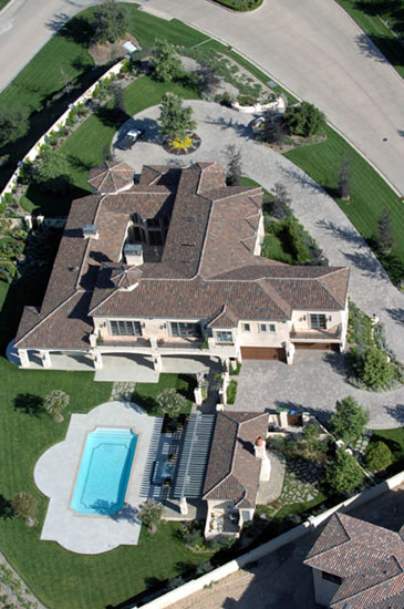 Chateau Suenos mansion in Calabasas, California where Britney Spears was reported to be moving.