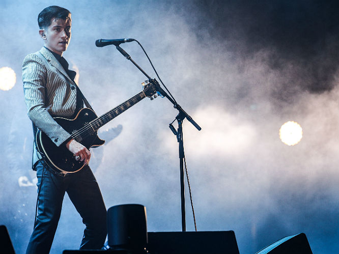 Alex turner arctic monkeys 2013