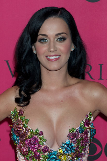Katy Perry - After the success of her second album �Teenage Dream�, Katy Perry has hit the road in 2011 on her California Dreams world tour. Don�t worry, with dates across the globe, she will be calling at a town near you.