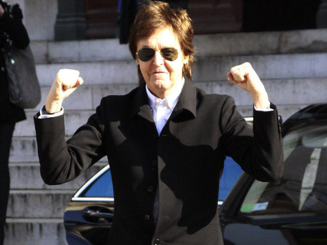 1. Sir Paul McCartney - �680m