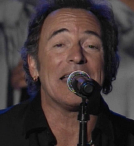 Bruce Springsteen plays the Super Bowl